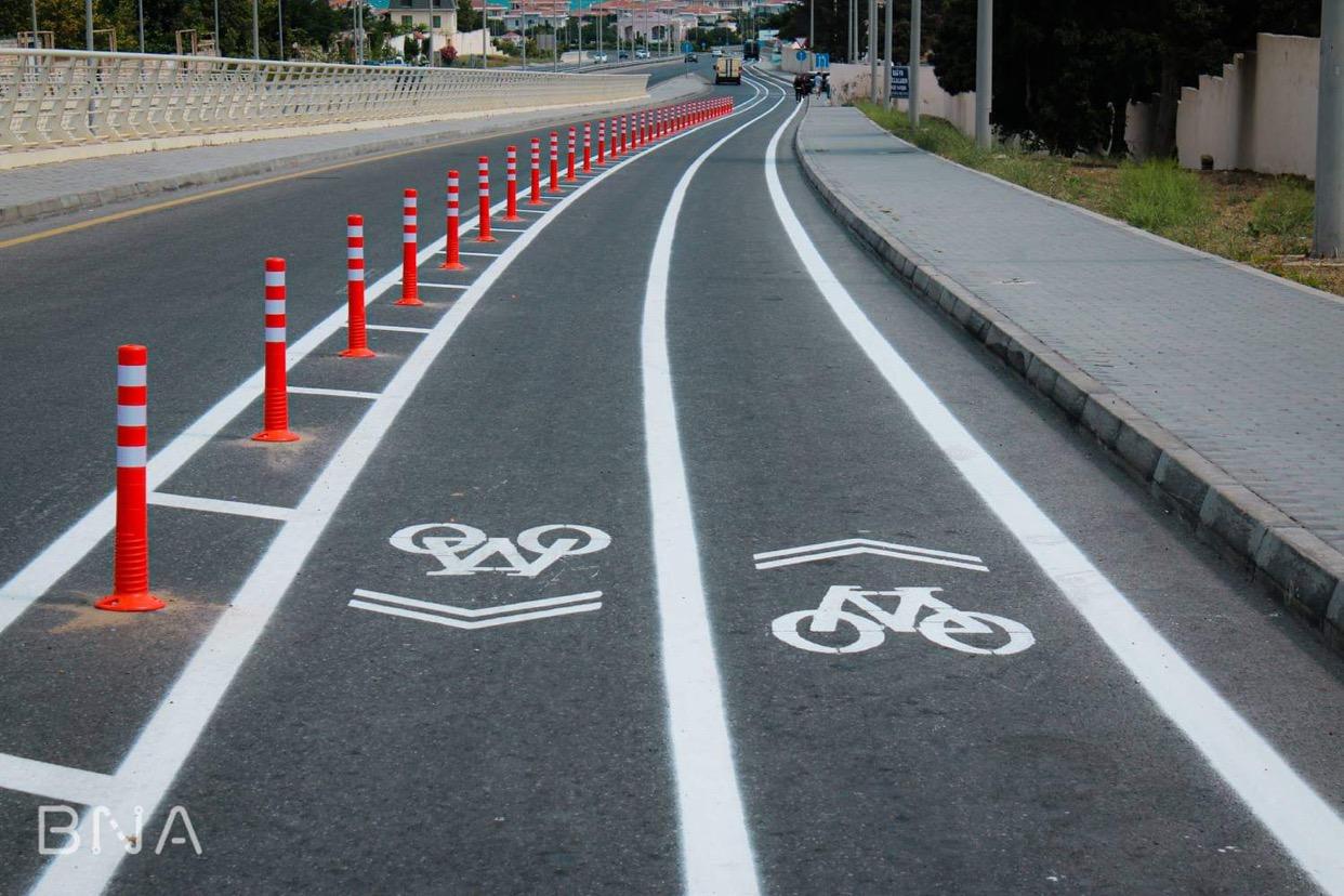 Bakı Nəqliyyat Agentliyi velosiped istifadəçiləri üçün 2 km uzunluğunda olan velosiped yolunu istifadəyə verib
