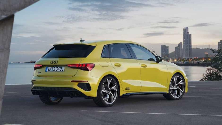 Audi yeni S3 ailəsini təqdim edib