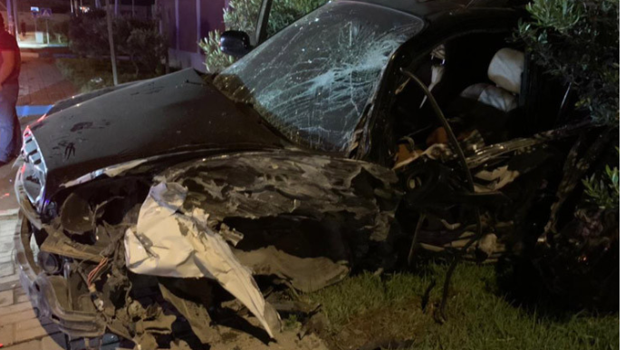 """""""Chevrolet"""" """"Hyundai"""" ilə toqquşdu:daş hasara çırpıldı- FOTO- VİDEO"""